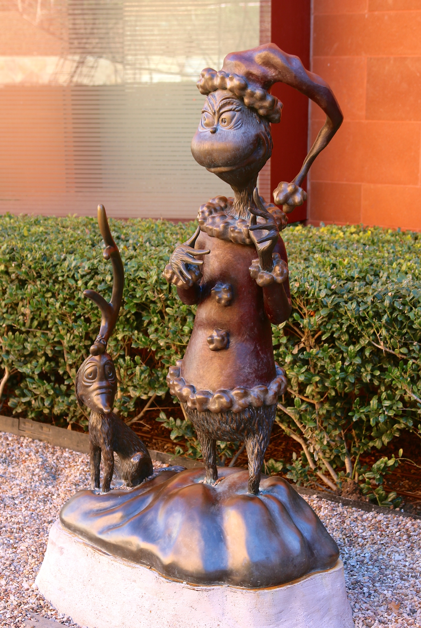 sculpture of Ned McDodd from Horton Hears a Who